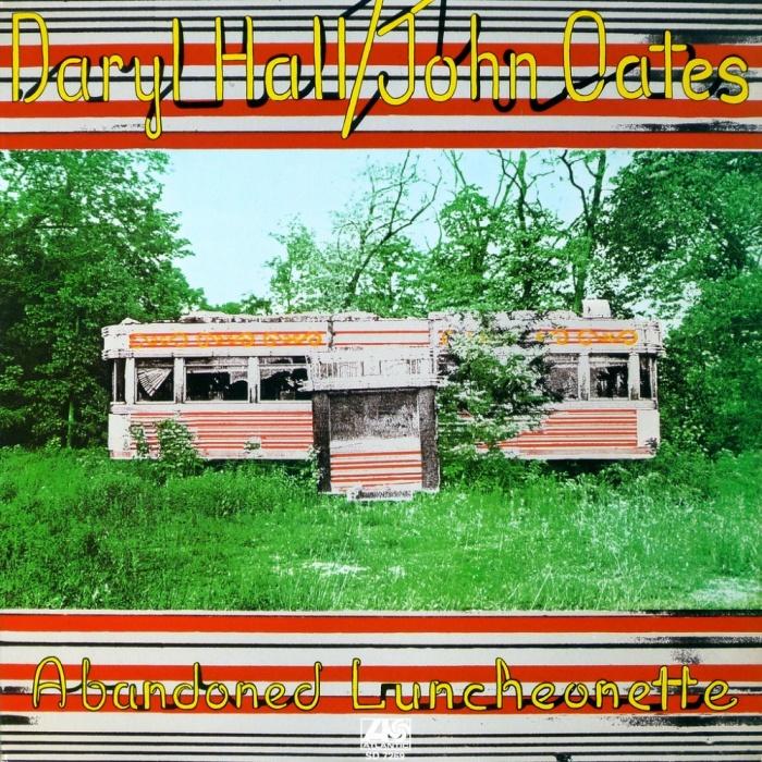 abandoned-luncheonette